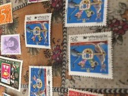 AUSTRALIA STEMMI E CANGURI - Stamps