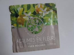 échantillon Agrumes En Fleurs Yves Rocher Pochette Parfumée - Echantillons (tubes Sur Carte)