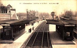 Charenton. Intérieur De La Gare. - Altri Comuni