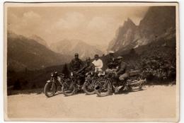 FOTOGRAFIA - GRUPPO MOTOCICLISTI - BIKERS - Formato Cm. 8,5 X 5,5 Circa - PASSO TRE CROCI 1929 - Vedi Retro - Otros