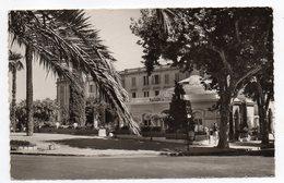 HYERES  -- 1957--La Maison Du Tourisme...timbre  ,cachet  ............à Saisir - Hyeres