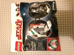 Lego Star Wars - Darth Vader - 36 Pièces - Capsule Anniversaire - Figurines