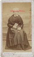 CDV CHAUVREAU à Thouarcé Mentionné Au Dos-vers 1880, Femme Assise - Par Gilardeau à Murs Près Des Ponts De Cé - Old (before 1900)