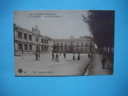 ST GIRONS  -  09  -   Ecole Et Mairie  -  ARIEGE - Saint Girons