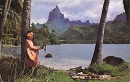 Polynésie Française Chanteuse à MOOREA (guitare Musqiue Vahiné ( Photo Sounam  C 13043 Tahiti) BV*PRIX FIXE - Polynésie Française