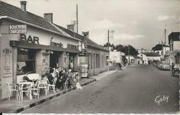 FROMENTINE LA RUE PRINCIPALE BAR SOUVENIR JOURNAUX CPSM PF ANNEE 1960 - Non Classés