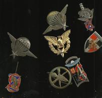 Lot De 8  Insigne Militaire - France
