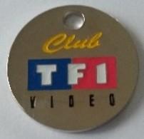 Jeton De Caddie - Club - TF1 - Vidéo - TAXI - En Métal - Neuf - - Trolley Token/Shopping Trolley Chip