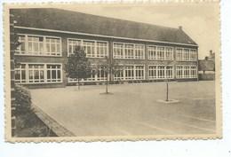 LENDELEDE: Aangenomen Gemengde School - Lendelede