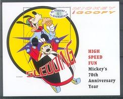 Nct628 WALT DISNEY MICKEY GOOFY BOBSLEE BOBSLED ICECREAM ST. VINCENT & THE GRENADINES 1999 PF/MNH - Disney