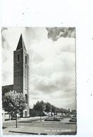 Zelzate Kerk Met Standbeeld - Zelzate