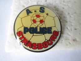 PIN'S   AS POLICE  STRASBOURG  FOOTBALL - Police