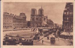 CPA - PARIS EN FLANANT..............27. NORE DAME Vue De La Place St Michel - Eglises
