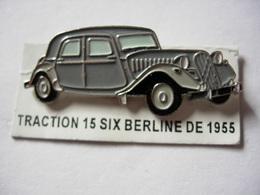 PIN'S TRACTION 15 SIX BERLINE  DE 1955 ESTAMPILLE EDITIONS ATLAS - Pin's