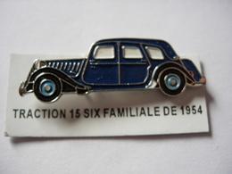 PIN'S TRACTION 15 SIX FAMILIALE DE 1954 ESTAMPILLE EDITIONS ATLAS - Pin's