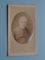 PATER / ABT / PASTOOR / FATHER / GEESTELIJKE Anno 1877 ( CDV Photo > Van Peborgh (?) Zie Foto Voor Details ) ! - Religion & Esotérisme