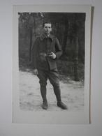 Photo Format Cpa Prise Au Camp D'Auvour (Sarthe) Soldat En 1939 (4777) - War 1939-45