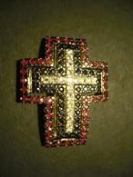 Kreuz-Anhänger Mit Rubinen, Saphiren Und Bergkristallen (680) - Anhänger
