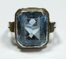 Silber Ring Mit Großem Blauen Stein In Smaragd-Schliff (684) - Ringe