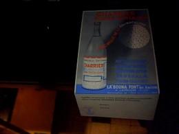 """Publicitée Tract  Carton Depliant Prduit Pharmaceutique Eau Minerale CHARIER """" La Bouna Font"""" A Laprugne Allier - Postcards"""