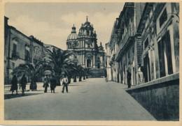 U.722.  RAGUSA IBLA - Piazza Duomo... - Ragusa