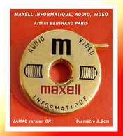 SUPER PIN'S INFORMATIQUE-Arthus BERTRAND : DISQUE MAXELL AUDIO, VIDEO Version ZAMAC Or, Diamètre 2,2cm - Computers