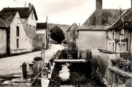 51 BINSON-ET-ORQUIGNY - Rue Des Ponts - CPSM Grand Format - France