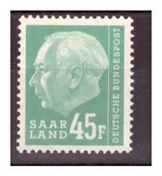 SAAR/SARRE - 1957 - EFFIGIE DEL PRESIDENTE HEUSS. LETTERA F DOPO IL VALORE. UN VALORE CON PIEGA.  MNH** - 1957-59 Federazione