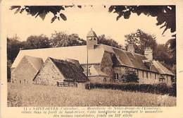 14 - Saint-Sever - Hostellerie De Notre Damme De L'Ermitage - La Vieille Tour Et L'église - France
