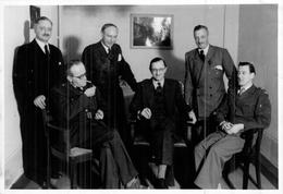 Photo Ancienne Kahle Réunion   Berlin 1946 Commission Alliée Ww2 - Oorlog, Militair