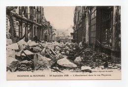 - CPA BOURGES (18) - INCENDIE Du 14 Septembre 1928 - L'éboulement Dans La Rue Moyenne - - Bourges