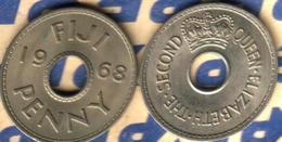 FIJI BRITISH 1 PENNY INSCRIPTIONS FRONT QEII NAME BACK 1968 VF READ DESCRIPTION CAREFULLY !!! - Fidji