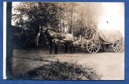 Carte  Photo  - Soldat Allemand -- Sur Une Charette - War 1914-18