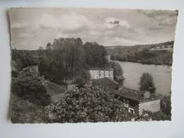 Availles Limouzine. La Vallee De La Vienne Auc Grands Moulins. Audoin Postmarked 1957. - Availles Limouzine