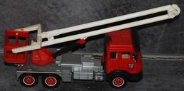 MERCEDES - Pompier - SOLIDO - - Solido