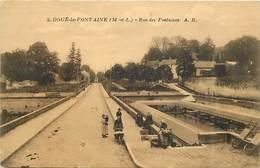 - Dpts Dv -ref-AE286- Maine Et Loire - Doué La Fontaine - Rue Des Fontaines - Lavoir - Lavoirs - Laveuse - Laveuses - - Doue La Fontaine