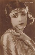 CINÉMA - ACTRICE : POLA NEGRI - CARTE VRAIE PHOTO / REAL PHOTO ~ 1920 - 1930 - CINÉMAGAZINE / PARIS (aa205) - Acteurs