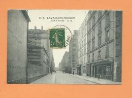 CPA  - Levallois Perret  -  Rue Vallier - Levallois Perret