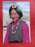 Népal       Costume Tibetain - Népal