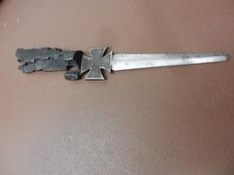 Coupe Papier - Knives/Swords