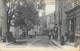 Joyeuse (L'Ardèche Pittoresque) - Le Centre, Animation Devant L'Epicerie  - Edition C. Artige - Carte N° 747 - Joyeuse