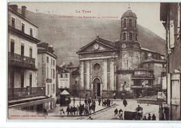 62 AB Mazamet La Place Et La Cathédrale Très Bon état - Mazamet
