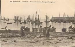 CPA 56 Quiberon Port Maria Bateaux Sardiniers Débarquant Leur Poisson (coquille à Maria) Non Circulé Laurent Nel Rennes - Quiberon
