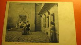 Le Palais Du Costume. Un Baptême En 1830. - Fashion