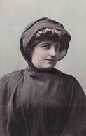 TIPOS CHILENOS. FEMME MUJER WOMAN. LUIS PELLEGRINI. ANTIQUE POSTCARD CIRCA 1900s TBE-BLEUP - Chile