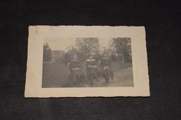 Trois Jeune Femme à Eecloo 30 / 10 / 1921 - Photographie