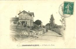 63  CHAMPAGNAT LE JEUNE - L' ECOLE ET LA POSTE (ref 2899) - France