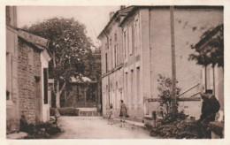 ***  17  ***  SAINT PORCHAIRE  Rue De La Mairie - TTB Neuve - France