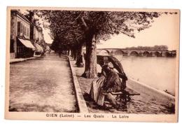3209 - ,Gien ( 45 ) - Les Quais , La Loire - L.Lenormand à Orléans - - Gien