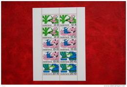 Blok CHILDREN KINDEREN ENFANTS NVPH 917 (Mi Block 7); 1968 POSTFRIS / MNH ** NEDERLAND / NIEDERLANDE - 1949-1980 (Juliana)